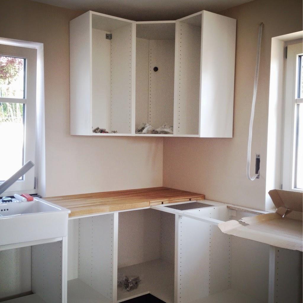 Wir Bauen Ein Haus: Küchenaufbau Mit Hindernissen