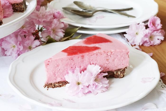 Erdbeer Joghurt Torte Mit Schoko Keks Boden Fashion Kitchen