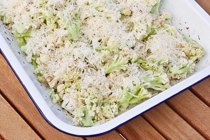 Überbackener Ofen-Blumenkohl mit Parmesan