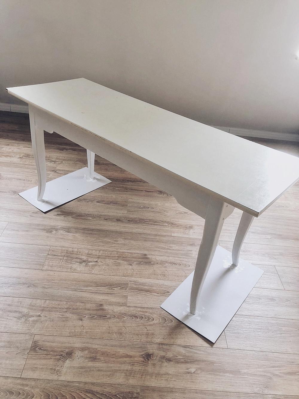 DIY - alten Tisch streichen und mit Marmorfolie bekleben