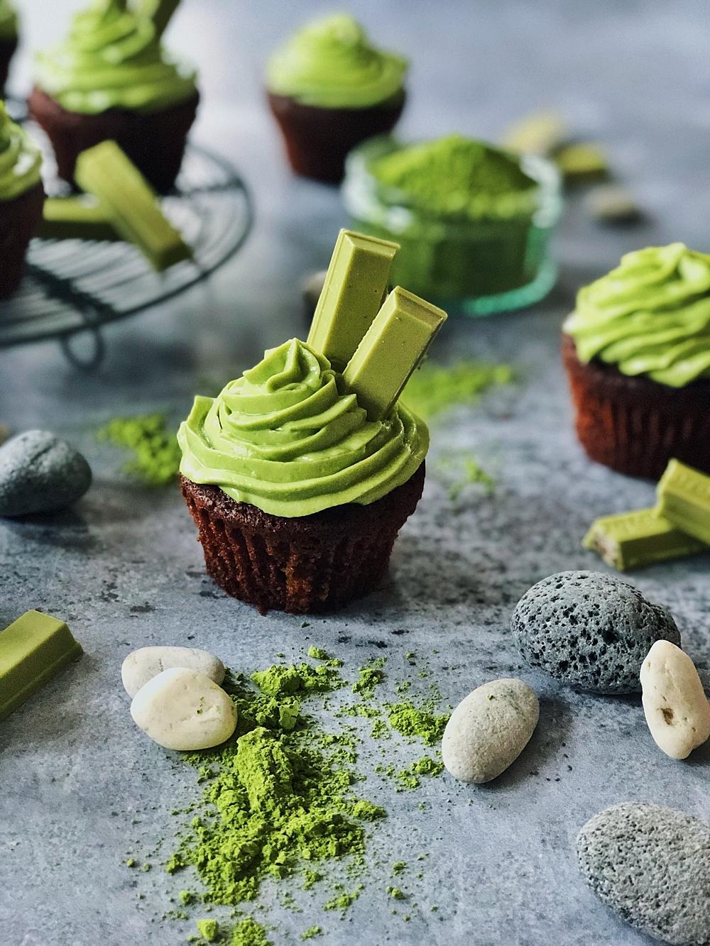 Schokoladen-Matcha-Cupcakes