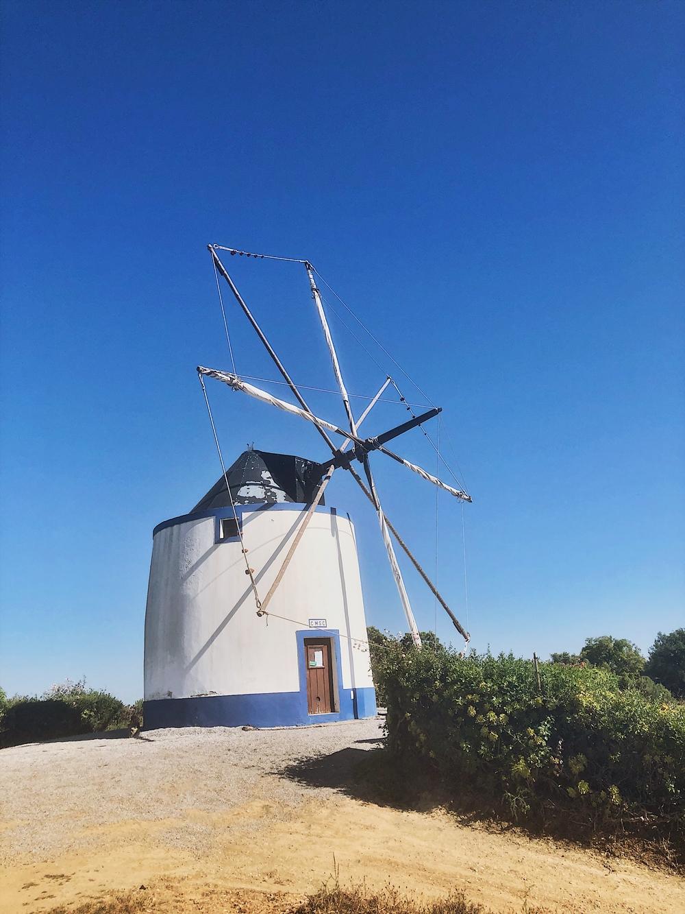 Roadtrip durch Portugal-fashionkitchen-windmühle-santiago do cacém