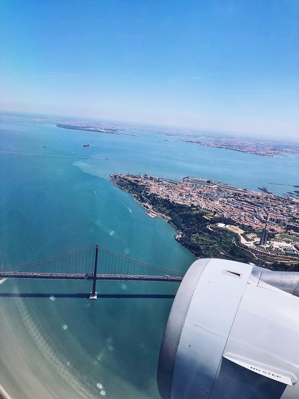 Roadtrip durch Portugal-Portugal-Brücke-Lissabon-Flugzeug,tejo