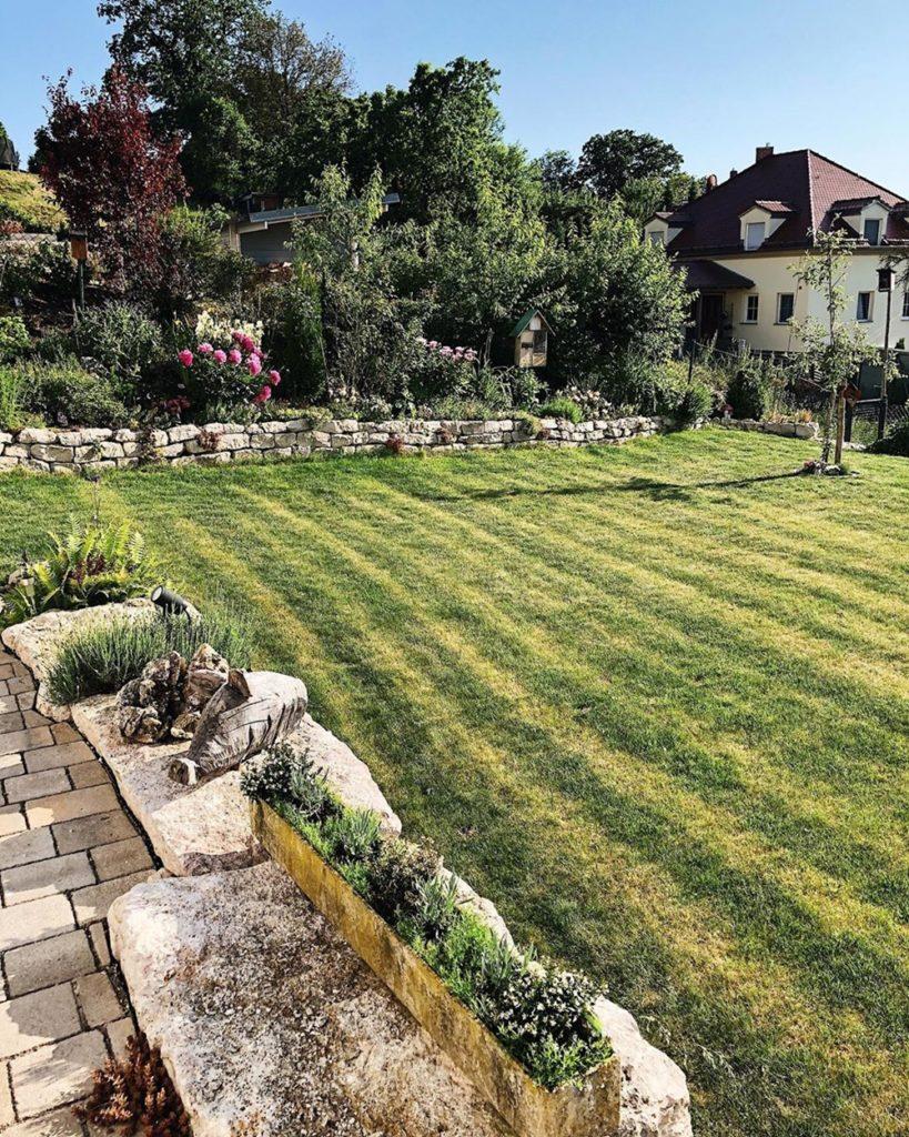 Haus Garten fashionkitchenshome rasen naturstein gartenbau landschaftsbau