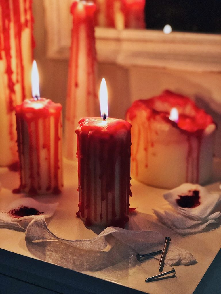 Halloween DIY-blutige Kerzen