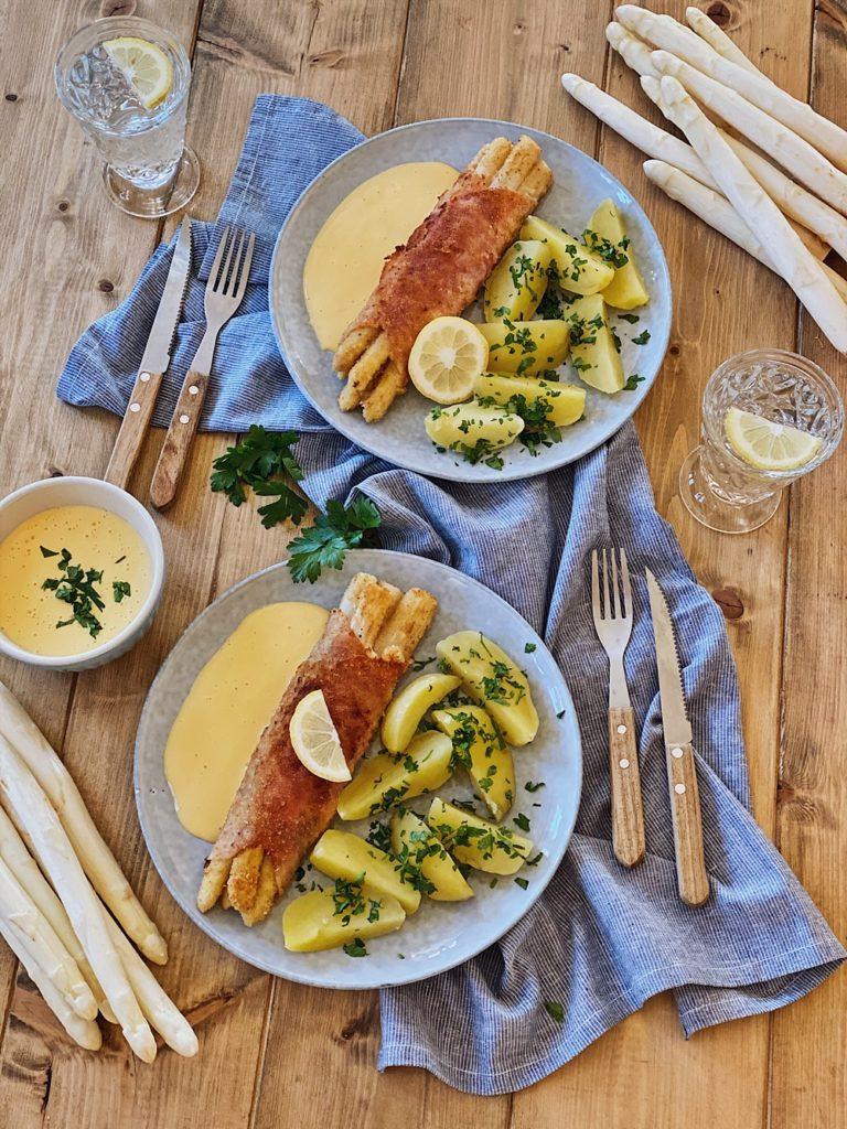 Spargel-Cordon Bleu mit Petersilienkartoffeln und Sauce Hollandaise