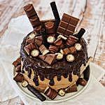 Kinder Schokolade Torte-Triple Chocolate Drip Cake