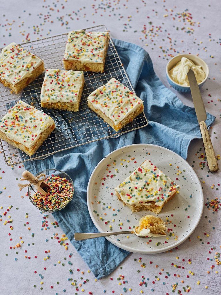 Konfetti Kuchen - Funfetti Cake
